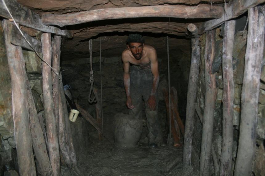 Mining2 030